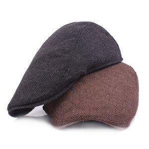 Береты HT1100 Мода шерстяная шерсть мужская зима теплые полосатые плоские колпачки высокого качества кабинеты SBOY водителя плюща для мужчин