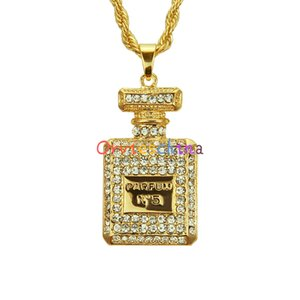 2020 designer European and American fashion jewelry fashion personality diamond perfume bottle pendant necklace men and women jewelry 520