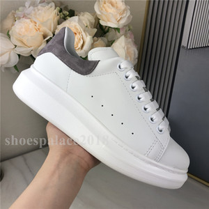 New Arrivals das mulheres dos homens Casual sapatos Moda Plataforma Sneaker Plano Chaussures Lady Lazer Sneakers 3M reflexiva branca Trainers Velvet