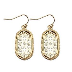 ZWPON Mini Alloy Geometric Oval Statement Filigree Cutouts Quatrefoil Oval Dangle Earrings for Women Female Jewelry Wholesale