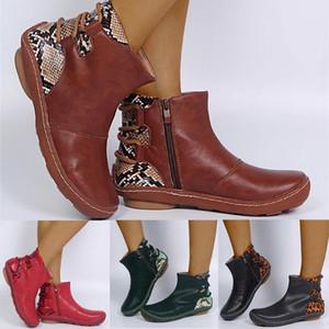레트로 여성 가죽 플랫 레이스 업 부츠 음흉한 짧은 부티 라운드 발가락 신발 발목 소프트 패치 워크 여성 부츠 인쇄하기