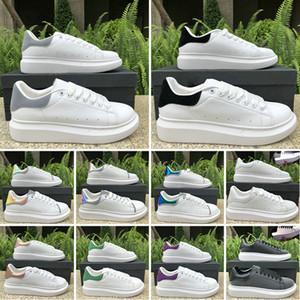CON contenitore di pattini 2020 della piattaforma del progettista superiore casuali per vestito delle donne Mens Calzature grigie Suede riflettente esterna formatori oversize scarpe da tennis