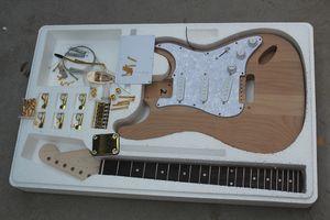 공장 전기 반제품 기타 키트, DIY 기타, 아니 페인트, 앨더 바디, 화이트 픽가드는, 골드 하드웨어, 변경할 수 없습니다
