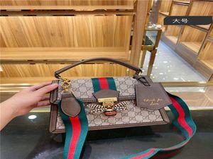 Les créateurs de mode des femmes sacs à main sacs véritables épaule en cuir sac à bandoulière sac à main un message sac porte-monnaie cluth 25 * 18cm COFFRET