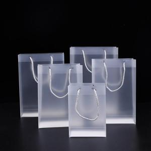 8 Größe Frosted PVC-Kunststoff-Geschenk-Taschen mit Griffen wasserdicht transparenten PVC-Beutel klar Handtasche Partybevorzugungen Tasche individuellen Logo