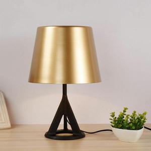 Moderna minimalista Ghisa Lampada da tavolo in ottone Desk Lamp contemporanea Soggiorno Camera da letto Studio Luce della decorazione