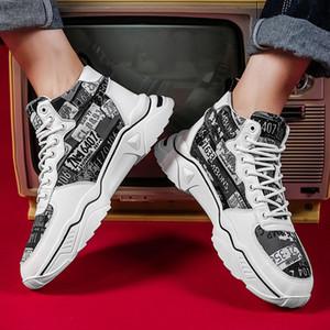 Scarpe Uomo 2020 della piattaforma di modo autunno Nuovo casuale di via di alto-Top Leggero versione coreana dei graffiti di modo scarpe da tennis