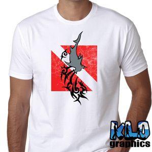 2019 최신 패션 DIVER DOWN HAMMERHEAD T 셔츠 스쿠버 다이버 수중 보물 사냥꾼 Wreck100 %의 코튼 유머 티 셔츠