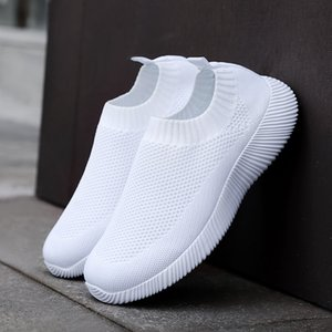 2020New casual women Brand shoes Hot classic fashion autumn trend sports women shoes Comfortable Soft sneaker Flying woven