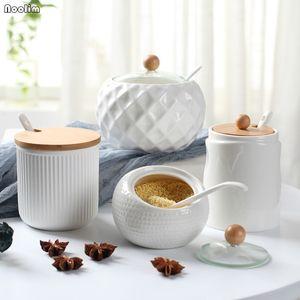 1PC Household Ceramic simples tempero garrafa Soy Sauce Pot Sal Sugar Pot Cozinha Tempero Ferramenta Acessórios de cozinha