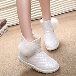 2020 Winter Women Snow Boots Fashion Classic Grid Plush Ball Thicken Warm Cotton Boots Female Thick Bottom Waterproof Non-slip Cotton Shoes