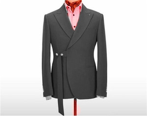 Handsome Two Buttons Groomsmen Peak Lapel Groom Tuxedos Man's Suits Wedding Prom Dinner Best Man Blazer(Jacket+Pants+Tie) K207