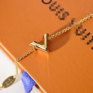 2020 Женщины Подвеска канала Браслет Pandora Роскошные цепи ожерелье ювелирных изделий Пара 18K позолоченные серьги подарков ван