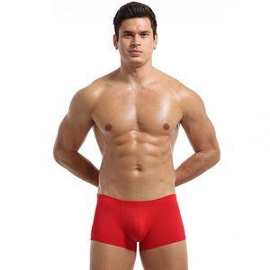 Hombres rojo azul atractivo de la ropa interior de los boxeadores de Europa divertido US Male fina seda rayón hielo cintura baja atractiva transpirable elástico de los calzoncillos de la marca mosaico