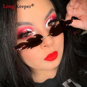 Moda Fuoco Fiamma Occhiali da sole donna 2020 Classic Sunglasses Designer Vintage Cat Eye Occhiali da sole senza orlo Eyewear