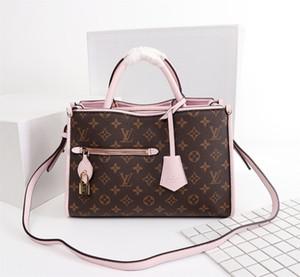 Woman LuxurDesigner BagHandbags High Qualit y sMessen gers Bag LuxussrsSy Saddle Bay 43433-2