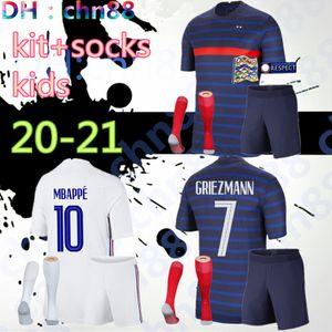 2020 2021 2 نجوم فرنسا Soccer Jersey Mbappe Grizmann Kante Pogba Mailleot De Foot Euro 20 21 Kids Kits + Socks Set قمصان كرة القدم موحدة