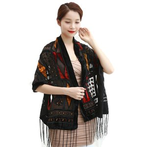 Hot European Vintage Plaid Velvet Scarf Fashion Burnout Silk Shawl Ponchos Women Muslim Hijab Winter Gift For Lovers
