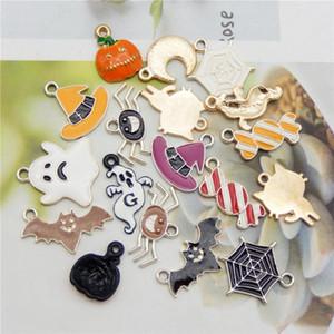 6 / 18PCS Cartoon Halloween Theme Anhänger Mix Emaille Süßigkeit Kürbis-Katze-Anhänger für Schmuck DIY Kid Crafts, die Entdeckungen