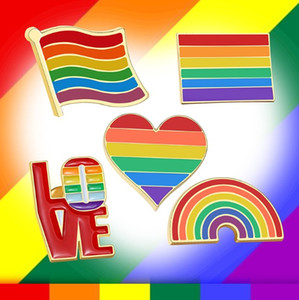 Brooch Set for Men Women Rainbow Colorful Heart Flag Jewelry Metal Brooches LGBTQ Pride Love Accessory