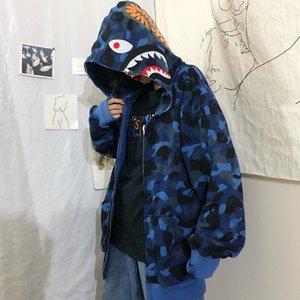 FMZXG Frühling und Herbst 2020 Waitmore Shark Camouflage Hoodie verfügbar Lockere Plüsch-Qualitäts-lässige Jacke LJ200918