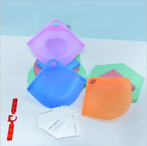 New Product Face Mask Storage Bag Cosmetic Portable Face Covers Clips Mini Travel Bags For Home Indoor And Ourdoor Using