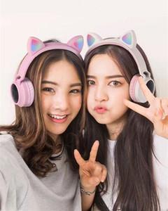 Девушка мило LED Bluetooth 5.0 Wireless Cat Ear Headphones Сложенного косплей кошка супер бас Gaming Headset для музыки с микрофонами