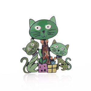 Designers Brooch Cute Cat Family Brooches Popular Brand Enamel Pin Anime Badge Metal Alloy Animal Safety Pins for Charms Women Girls