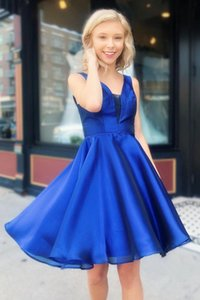 Simple Homecoming Dresses Design Deep Blue Short Prom Dress V Neck A-line Prom Dresses Cocktail Party Dresses Custom Made