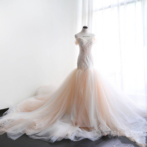 White and Blush Wedding Dress with Sleeves Off-shoulder Lace Appliques Pleated Mermaid Wedding Gowns Lace Up Back vestido novia