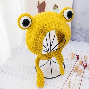 2020 Ladies Cute Frog Knitted Woolen Hat Female Headdress Braided Headgear Green Hat Earmuffs Women Winter Funny Beanies