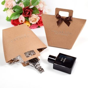 Gift bag thank you gift box with handle foldable wedding kraft paper candy chocolate perfume packaging small