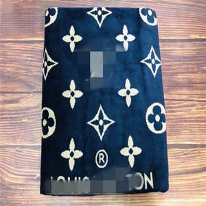 2020 문자 패턴 비치 타월 100 %면 새로운 패션 땀 목욕 수건 높은 품질 통기성 흡수성 문자 자수 담요