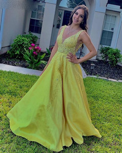 Yellow Prom Dresses Long V Neck Backless Sweep Train Appliques Formal Women Evening Gowns for Special Occasions