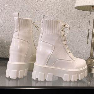 2020 Stivali Donna Autunno fondo spesso Moto Stivali alta della piattaforma della pelle Chunky Sneakers inverno metà polpaccio Boots
