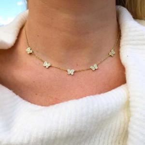 colar charme borboleta CZ para as mulheres bonita bonito design animal mínima CZ branco delicado 35 + 10cm colares gargantilha