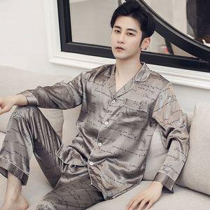 Kalite Erkekler Leke İpek Pajama Erkek Pijama İpek Pijama Erkek Modern Stil Kısa Kollu Şort Takım Elbise Gecelik Erkekler Yaz