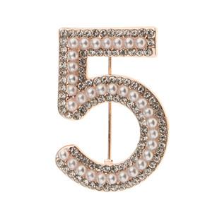 Şanslı Kadın Moda Küçük Kristal Rhinestone Pearl Number 5 Broş Pin
