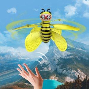 Mini Arı Drone UFO Uzaktan Kumanda Oyuncaklar RC Hayvan Uçağı Oyuncak Çocuk Dropship RC Helikopter Fly Topu Oyuncak Doğum Hediye