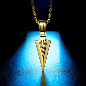 Design Mens Hip Hop Jewelry Retro Silver Gold Plated Punk Spearhead Titanium Steel Pendant Necklace Jewelry for Men Hip Hop Gift