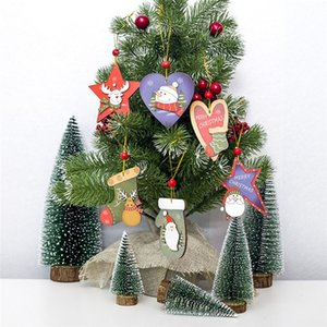 Natale Beads Red Tree legno Pendente creativo Santa Snowman in legno verniciato Segno Ornamenti armadio porte e finestre Tag