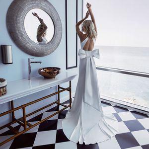 Noble Satin Mermaid Wedding Dresses with Bow Sash Custom Made Plunging Neckline Backless 2020 Bridal Gown Vestido de Novia