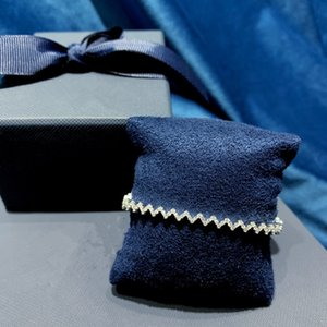2020 new women's bracelet hot sale high sense wave bracelets fashion trend versatile Bracelet personality ins design feeling light Bracelet
