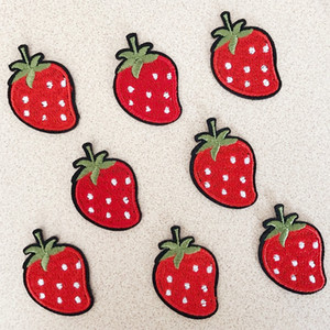 50pcs   lot fashion Patches Stickers fruit Strawberry Red DIY patch Fabric Appliques Embroidered Iron On clothes Badge Embroidery