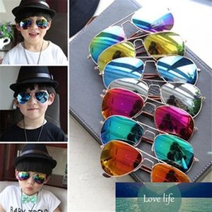 Hot Design Children Girls Boys Sunglasses Kids Beach Supplies UV Protective Eyewear Baby Fashion Sunshades Glasses ST422