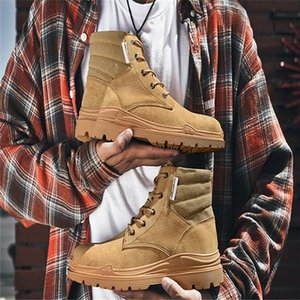 2020 men's autumn and winter new leather round toe casual tooling shoes high-top platform outdoor male Martin boots