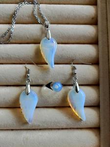 Orecchini Collana di angelo di pietra preziosa anello di corrispondenza Imposta pietra preziosa dell'ala Set gioielli per le donne regalo