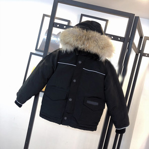 Top quality Kids jacket top quality fashion designer winter jacket outdoor thermal jacket windproof waterproof real Wolf fur kids down coat