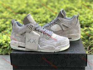 r auténtico zapato 4 X KAWS Zapatos frescos del blanco gris del resplandor en la oscuridad para hombre de las zapatillas de baloncesto al aire libre
