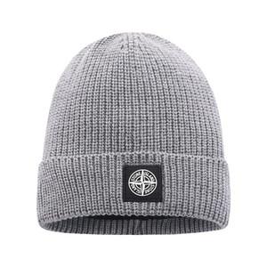 2020 más nuevos clásica manera de la buena calidad de las marcas de otoño invierno unisex sombrero de lana de la letra ocasional sombreros para el casquillo del cráneo de los hombres Beanie sombrero de diseño las mujeres